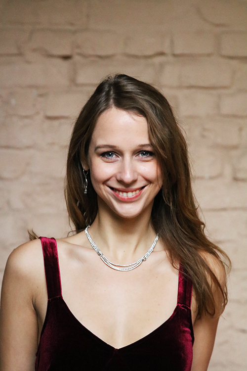 Iuliia Tarasova, Mitglied des Internationalen Opernelite Studios
